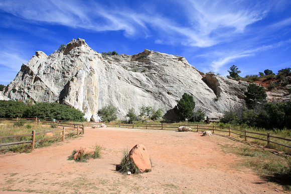 garden of the gods colorado travel photography by professional photographer laine torres